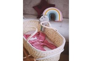 Wyprawka dla noworodka - co powinna zawierać? Porównaj ze swoją listą!